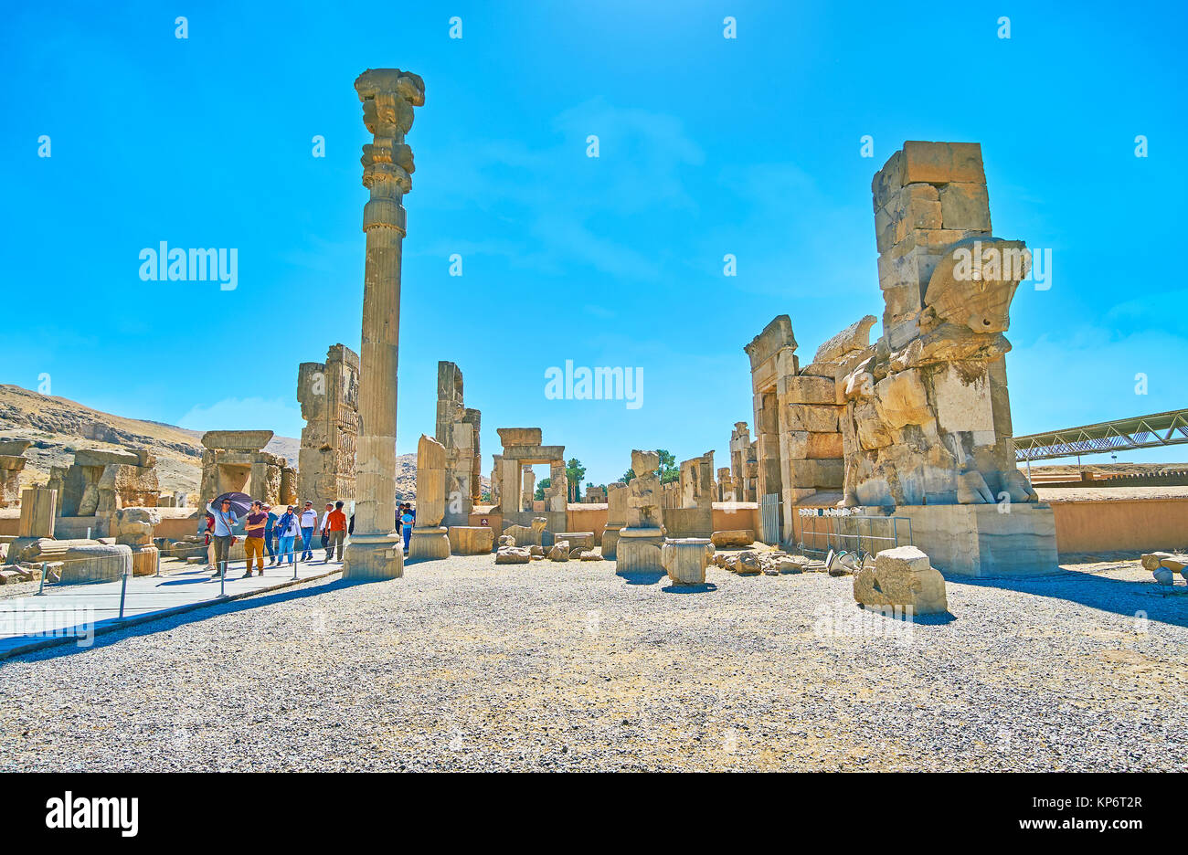 PERSEPOLIS, IRAN - OCTOBER 13, 2017: The hot midday in Persepolis archaeological site, the ancient city of Persia, - Stock Image