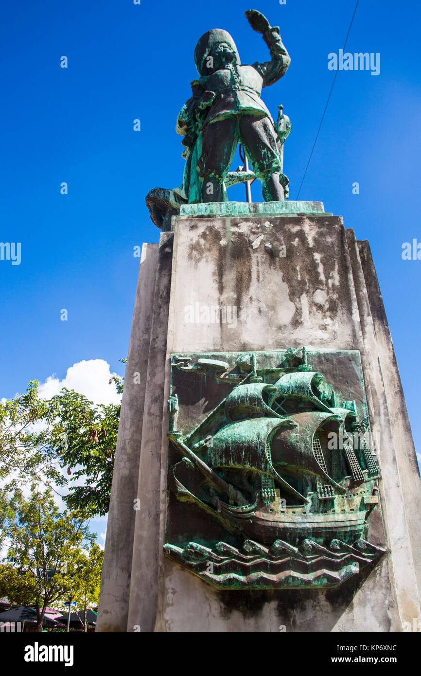 Statue of an old pirate in the Beautiful colorful streets of the fun and cosmopolitain city and capital of Martinique, - Stock Image