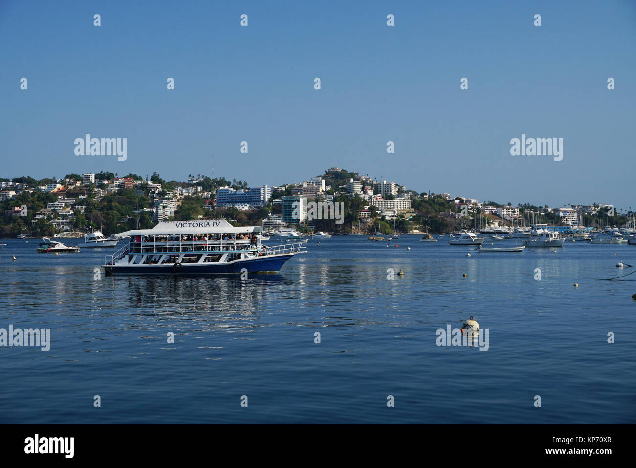 Tourist boats in the Bay of Acapulco, Acapulco, Mexico - Stock Image