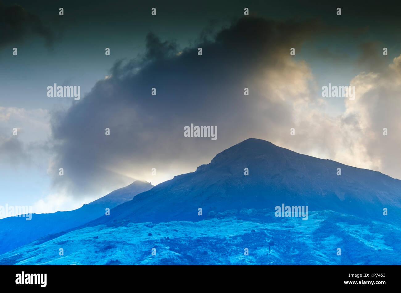 Top of the stromboli volcano surrounded by its fumaroles island stromboli italy - Stock Image