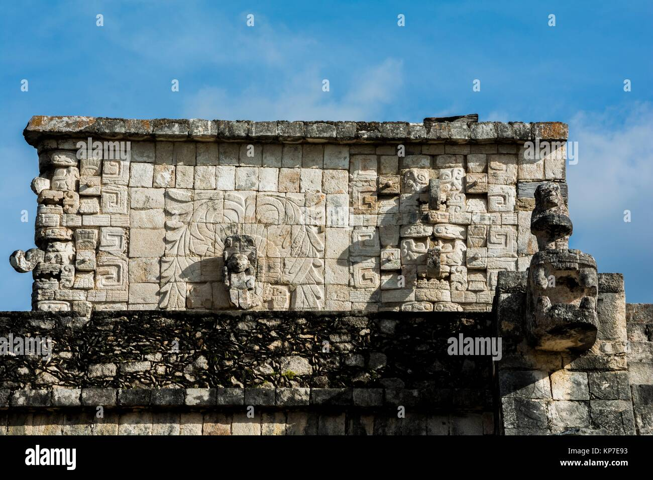 Sculptures and carved reliefs decorating the Temple of the Warriors (Templo de los Guerreros), Chichen Itza, Mayan Stock Photo
