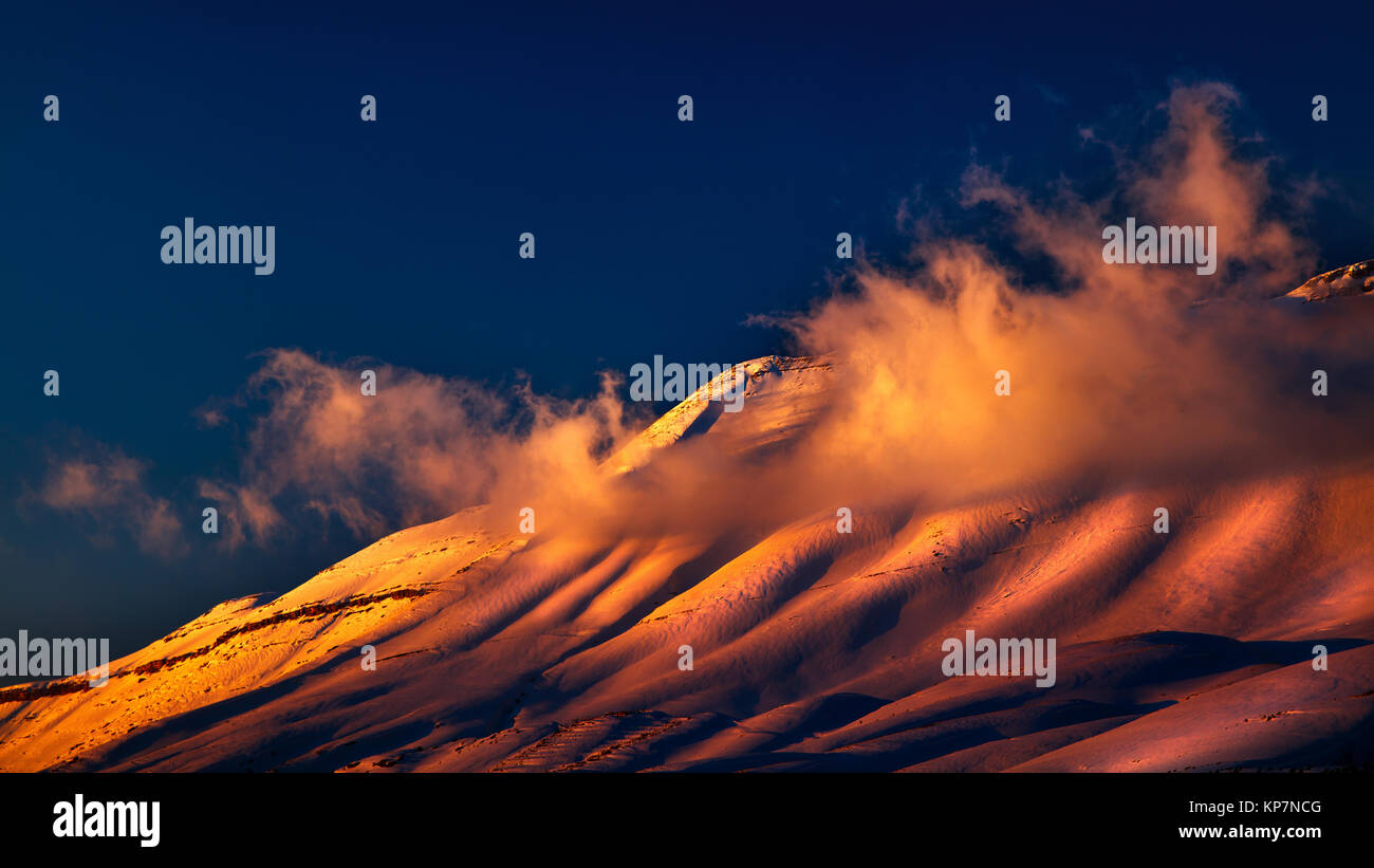 L Lebanese Stock Photos & L Lebanese Stock Images - Alamy Sunset Over Snowy Mountains