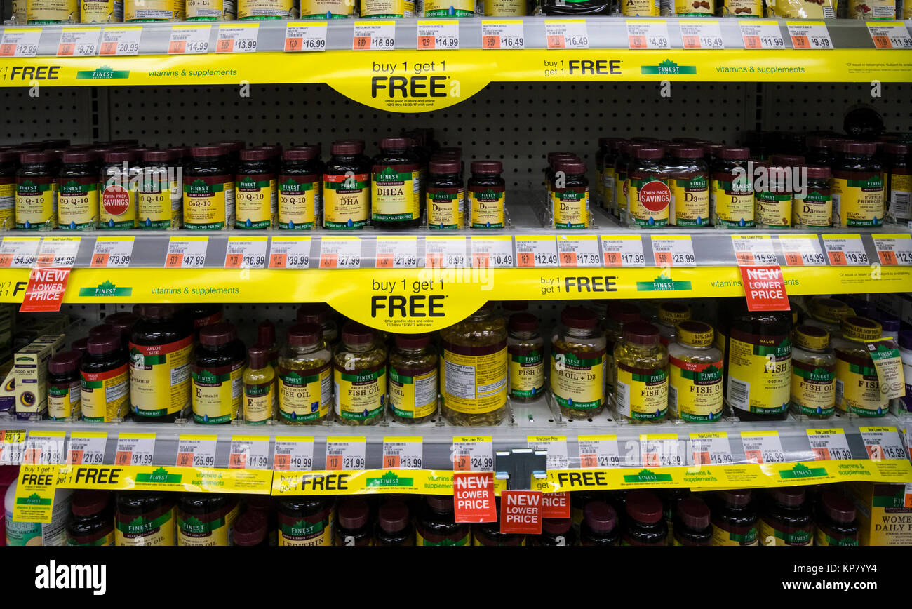 Vitamins on a shelf of a pharmacy in New York City - Stock Image