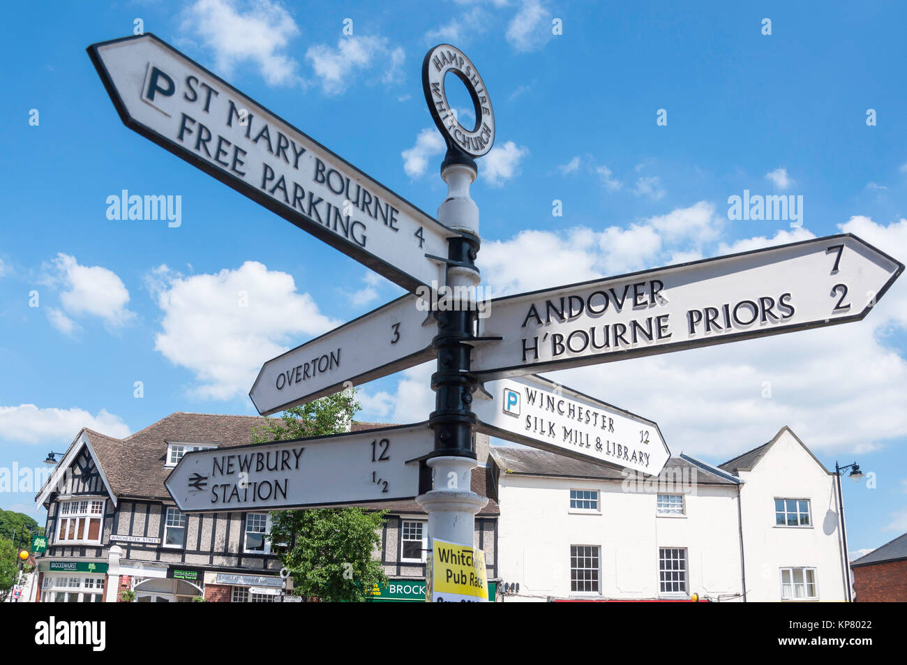 Fingerpost signpost, Winchester Street, Whitchurch, Hampshire, England, United Kingdom - Stock Image