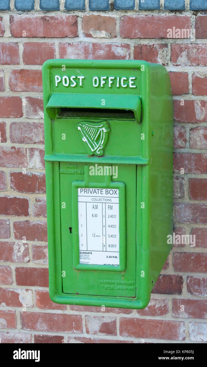 Green Post Office box, Dublin, County Dublin, Republic of Ireland - Stock Image