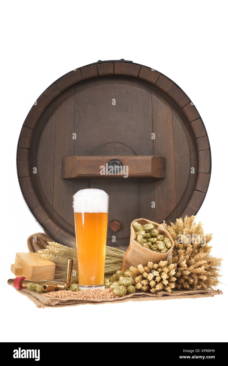 beer glass with barrel - Stock Image