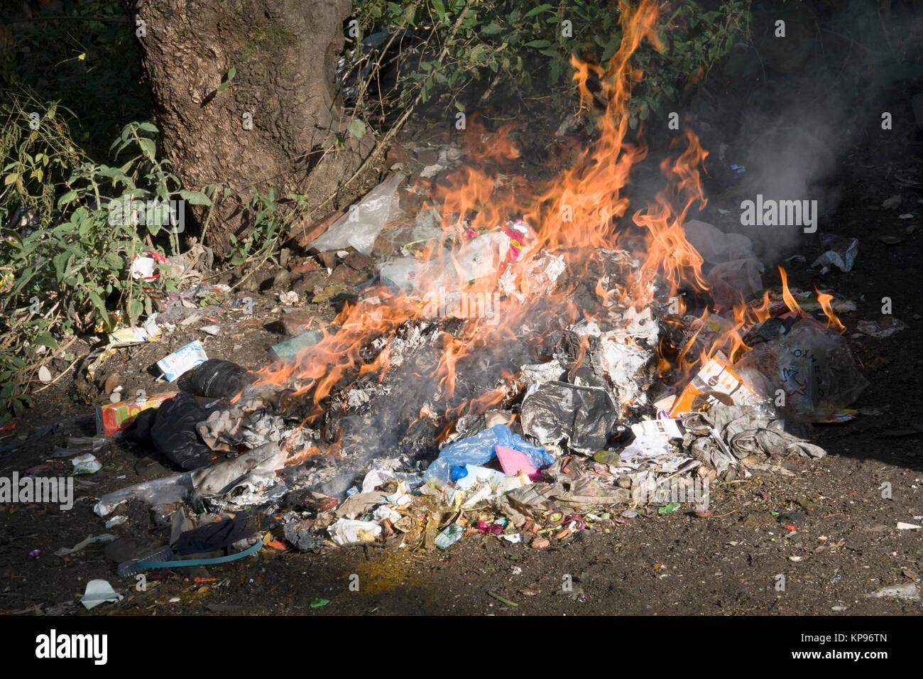 Burning Rubbish Stock Photos Amp Burning Rubbish Stock
