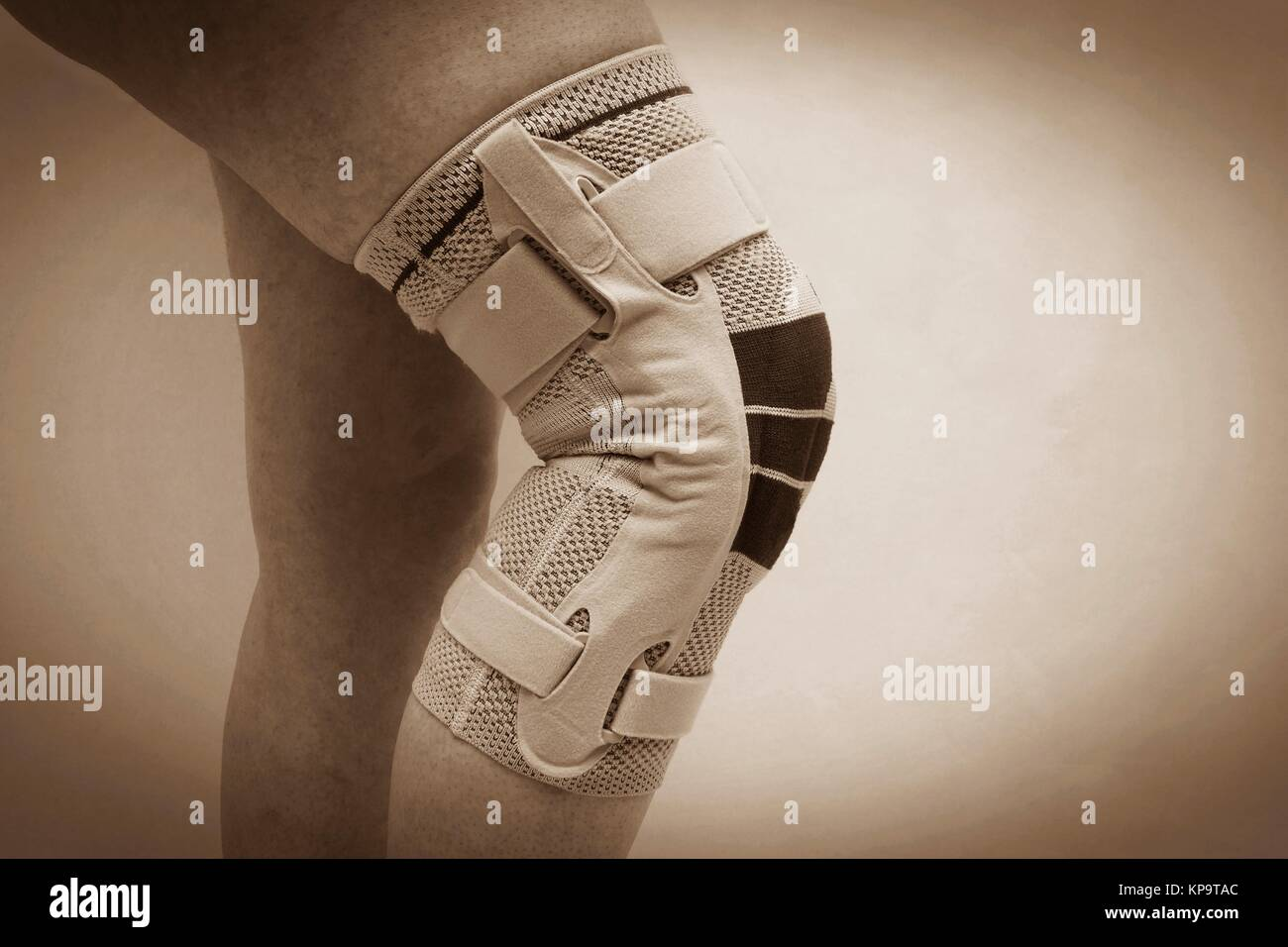 knee brace on a woman's leg Stock Photo
