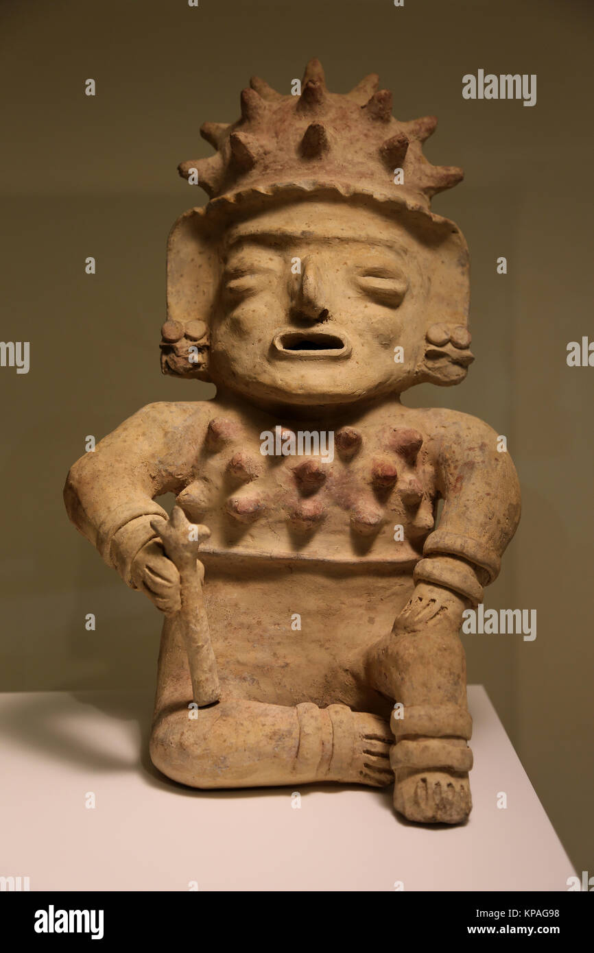 Bah'a-Manabi culture. Ecuador 500BC- 500 AD. Ceramic masculine figurine. Museum of Cutures of the World.  Spain - Stock Image