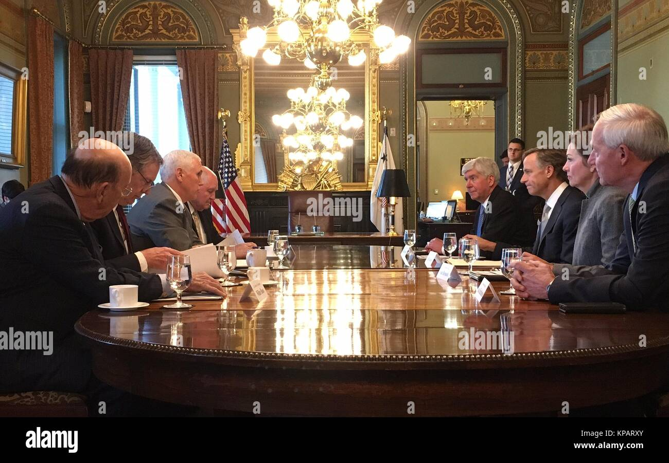 Washington DC, USA. 14th Dec, 2017. U.S. Vice President Mike Pence, left, meets with three other Republican governors - Stock Image
