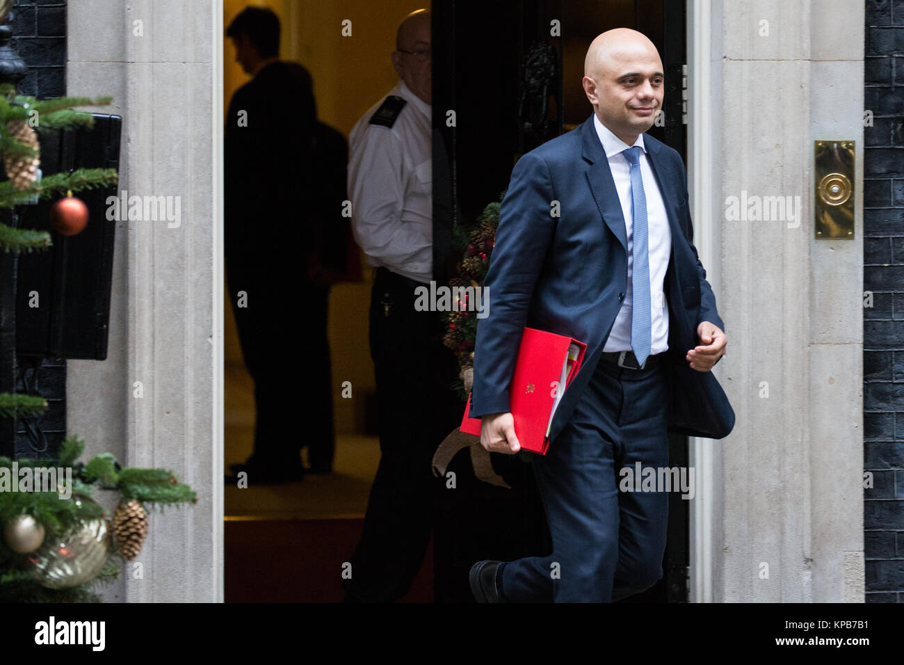 London, UK. 5th December, 2017. Sajid Javid MP, Secretary of State for Communities and Local Government, leaves - Stock Image