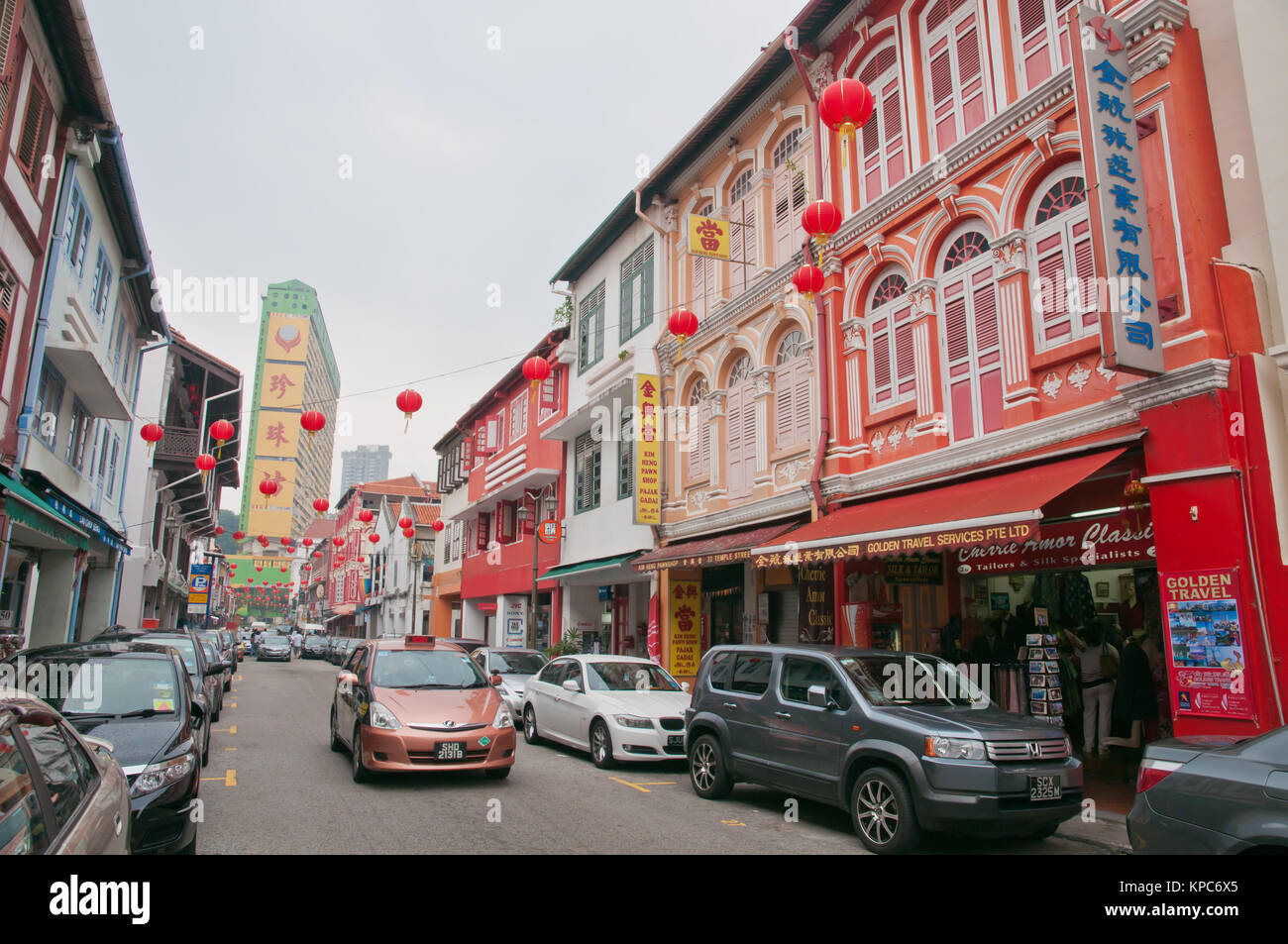 Street in Chinatown with old and traditional shophouse architecture preserved from the colonial days. - Stock Image