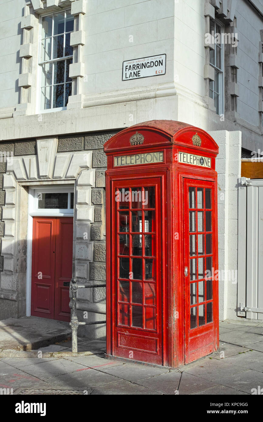 Grade II Listed K2 type red GPO telephone box from the 1920s in Farringdon London - Stock Image