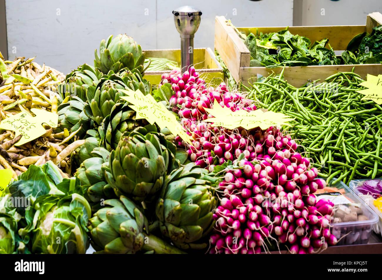 Metz (France): Covered market; Markthalle in Metz - Stock Image