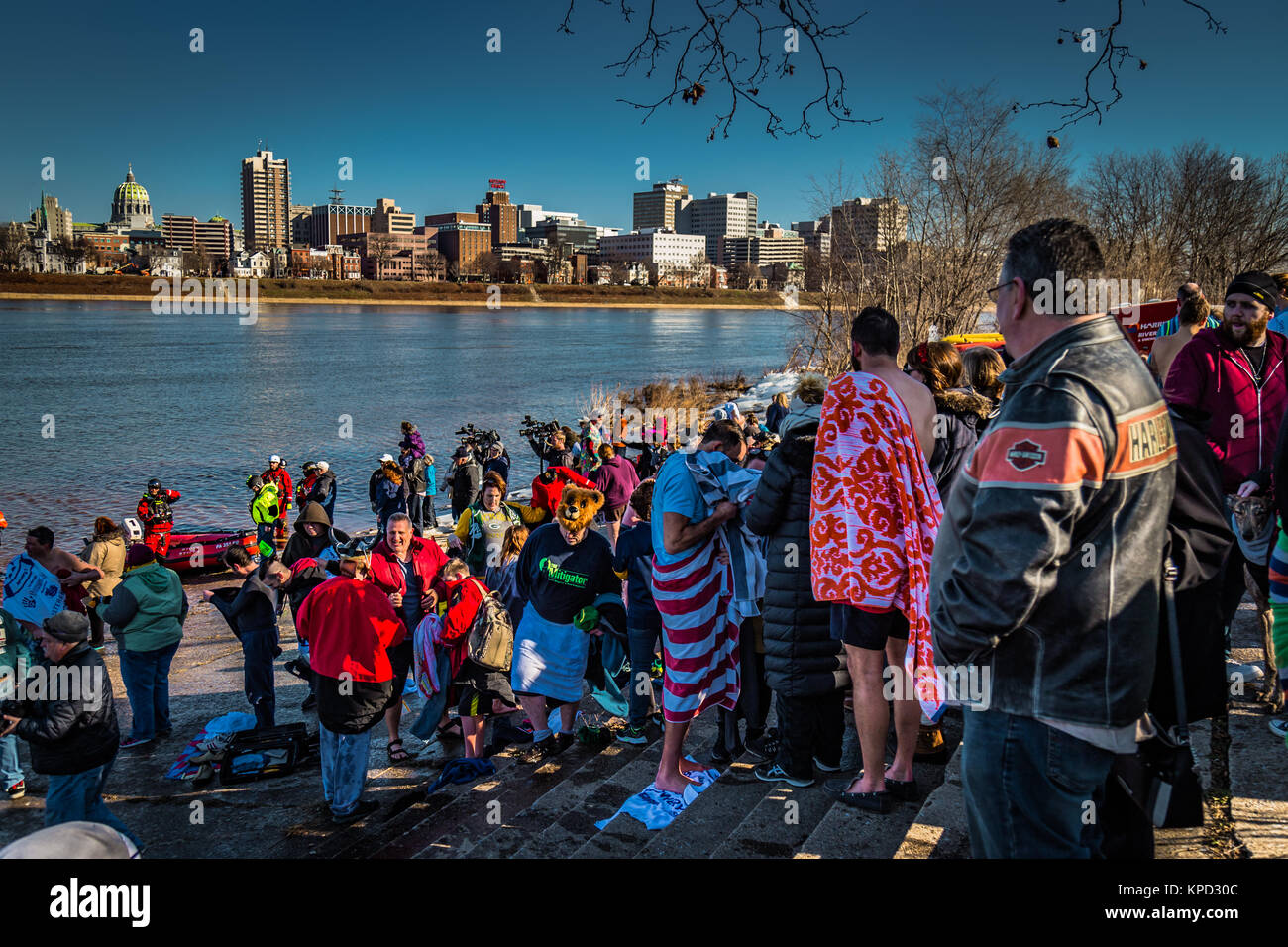 Harrisburg, PA - January 1, 2017: Drying off at the annual New Year's Day event of plunging into the Susquehanna - Stock Image