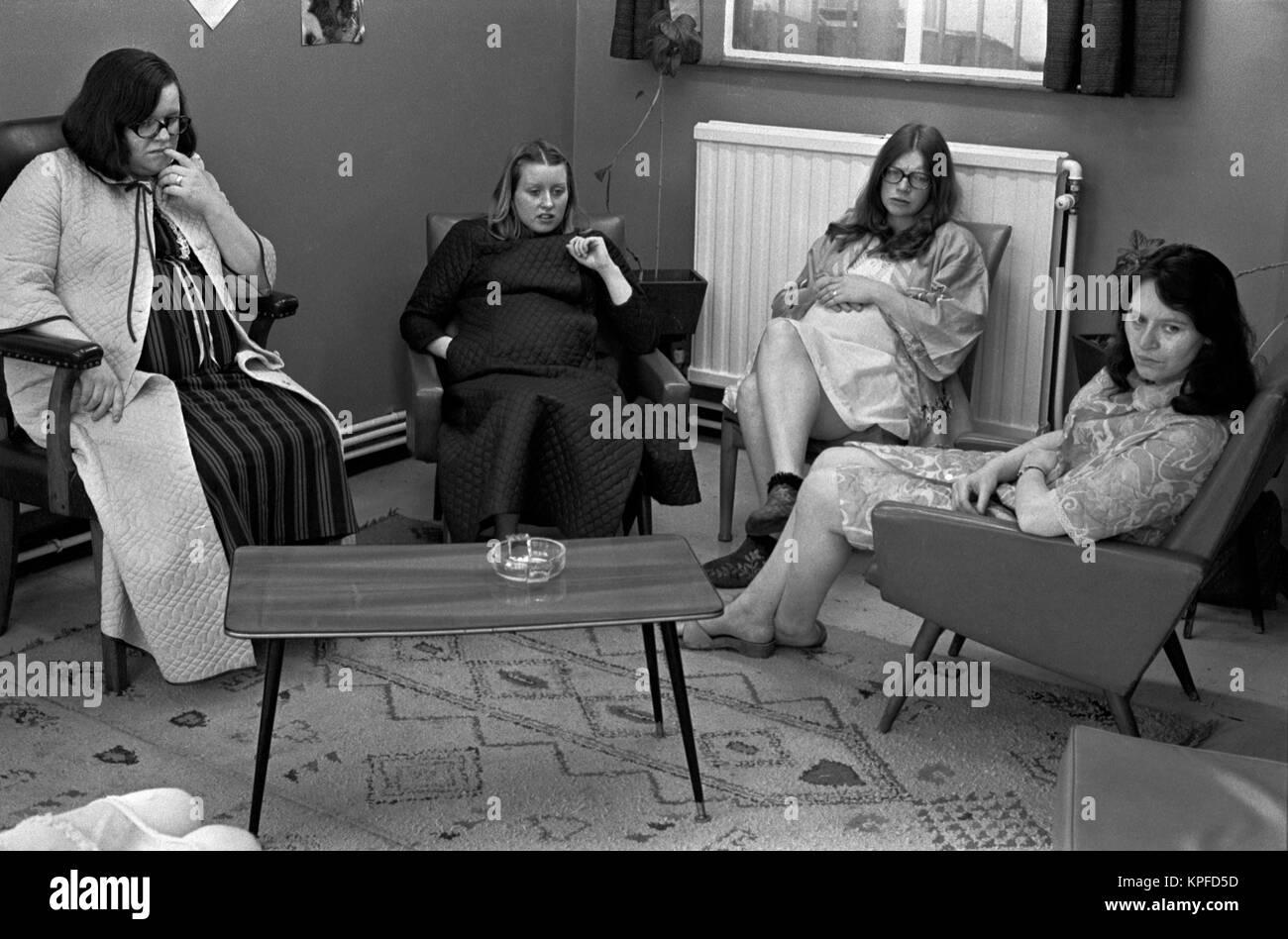Charing Cross Hospital London 1970s womens ward watching television 70s England  HOMER SYKES - Stock Image