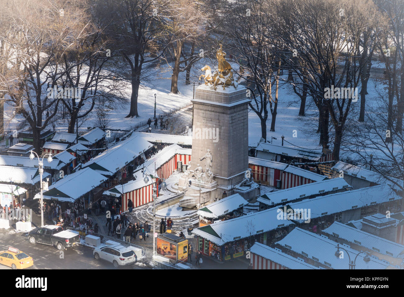 Maine Monument and Holiday Market at Merchant's Gate, Columbus Circle, NYC, USA - Stock Image