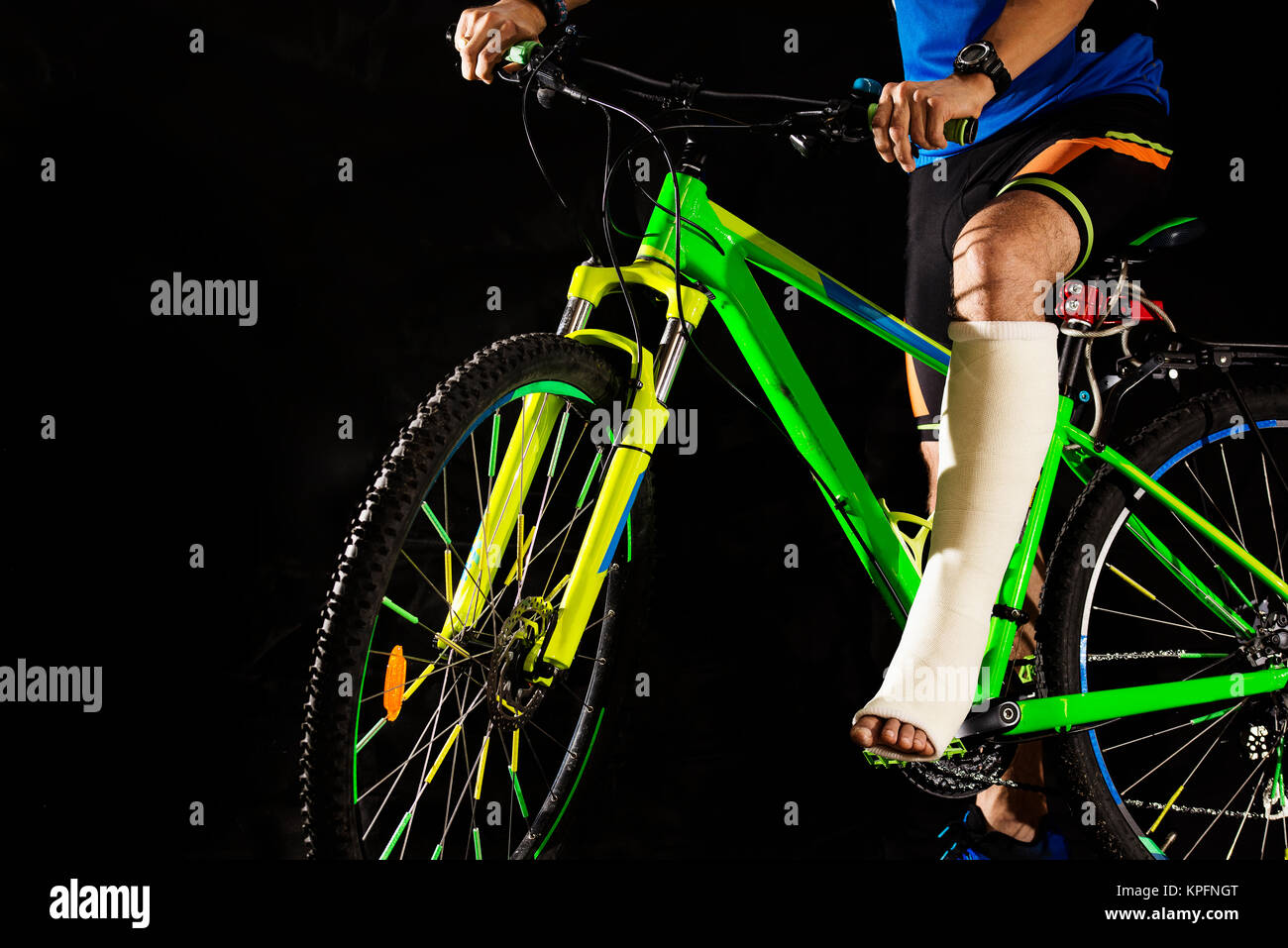Cyclist with fracture of heel - Stock Image
