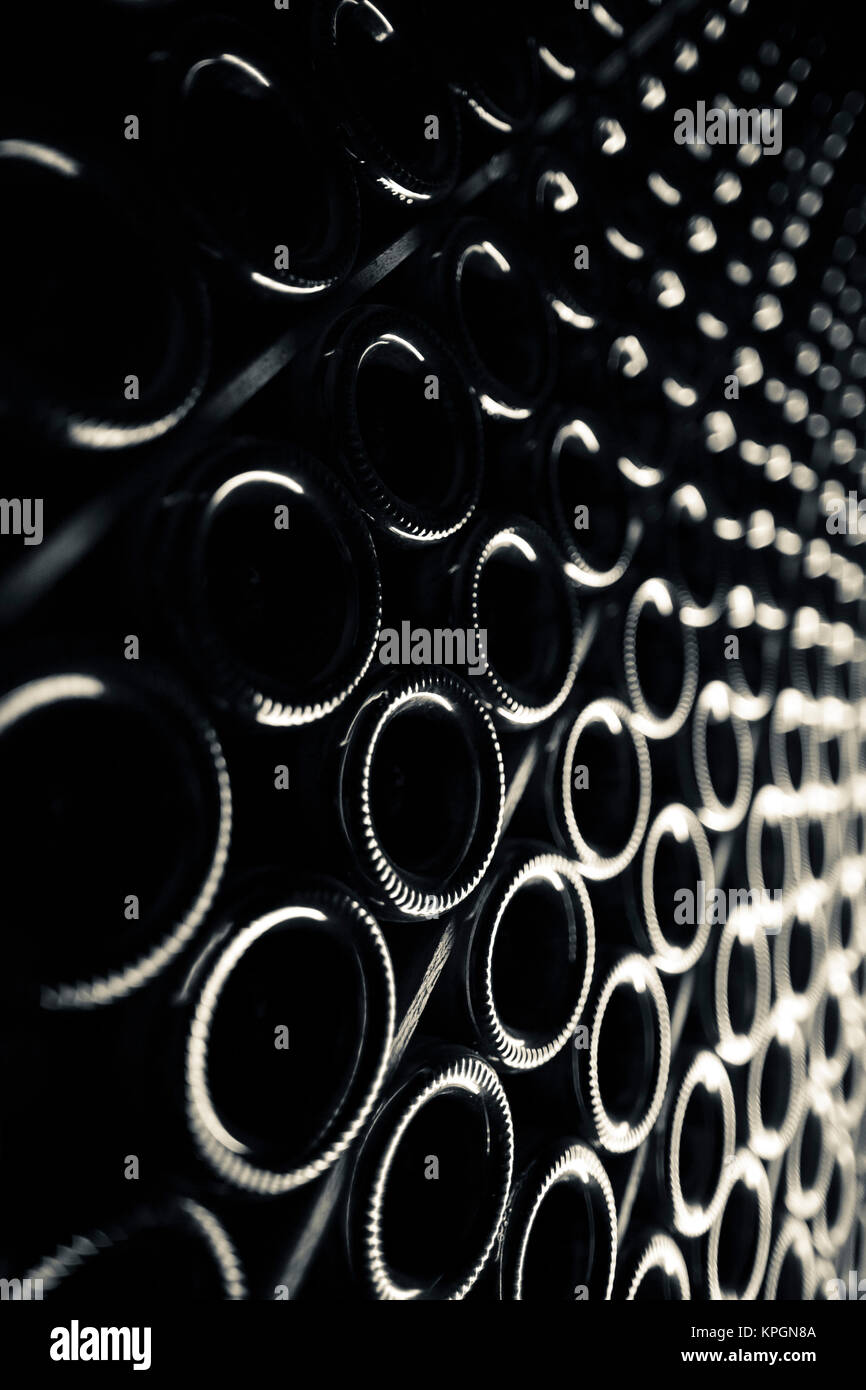 Epernay champagne cellar stock photos epernay champagne for Champagne marne