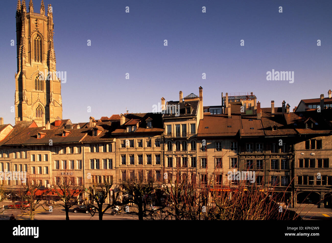 Switzerland, Fribourg. Cathedral St. Nicholas and Place de Notre Dame - Stock Image
