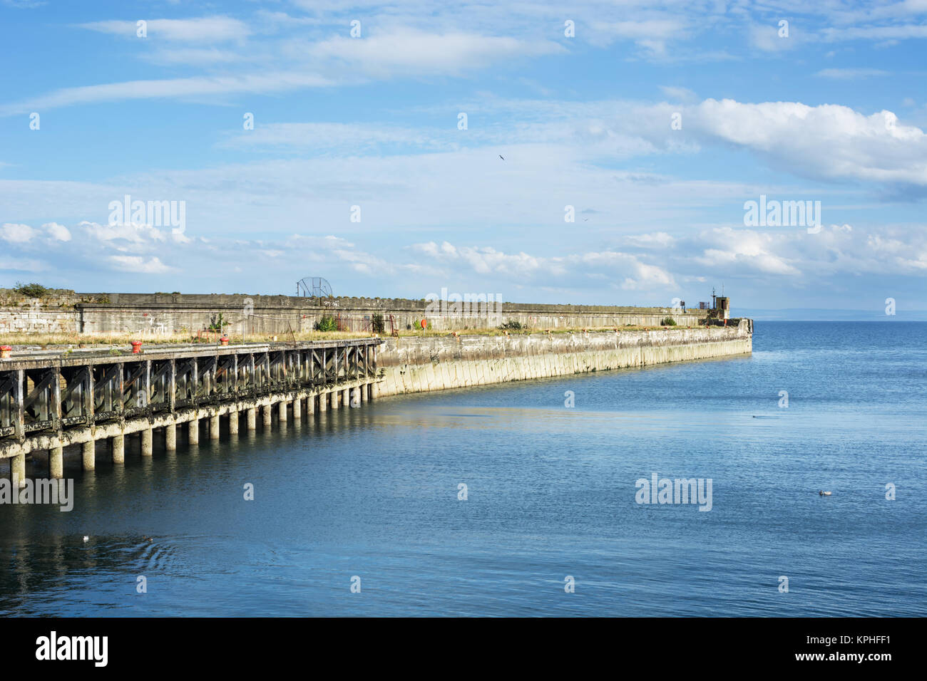 Old pier in the town of Kirkcaldy in Scotland - Stock Image