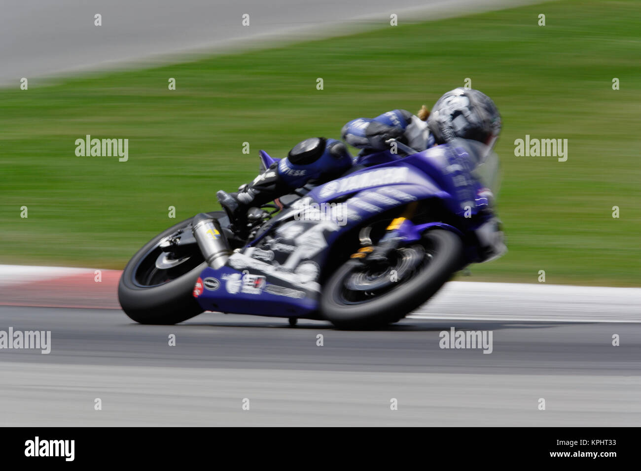 Mid Ohio Raceway >> Motorcycle In Motion Ama Superbike Race Mid Ohio Raceway