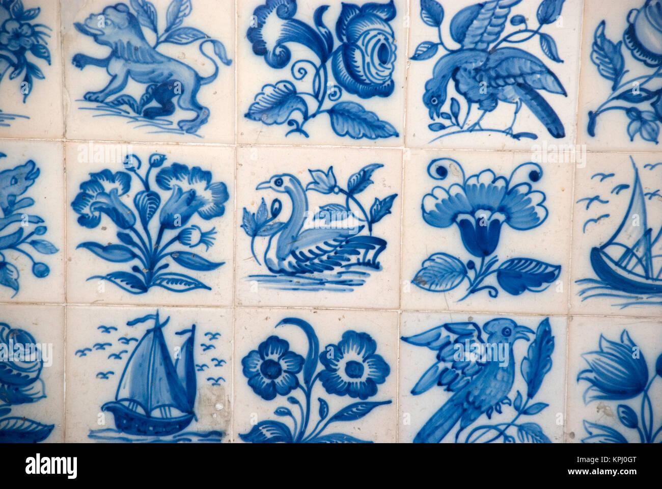 Portugiesische Fliesen Azulejos In Blau Und Weiß Stock Photo - Portugiesische fliesen azulejos
