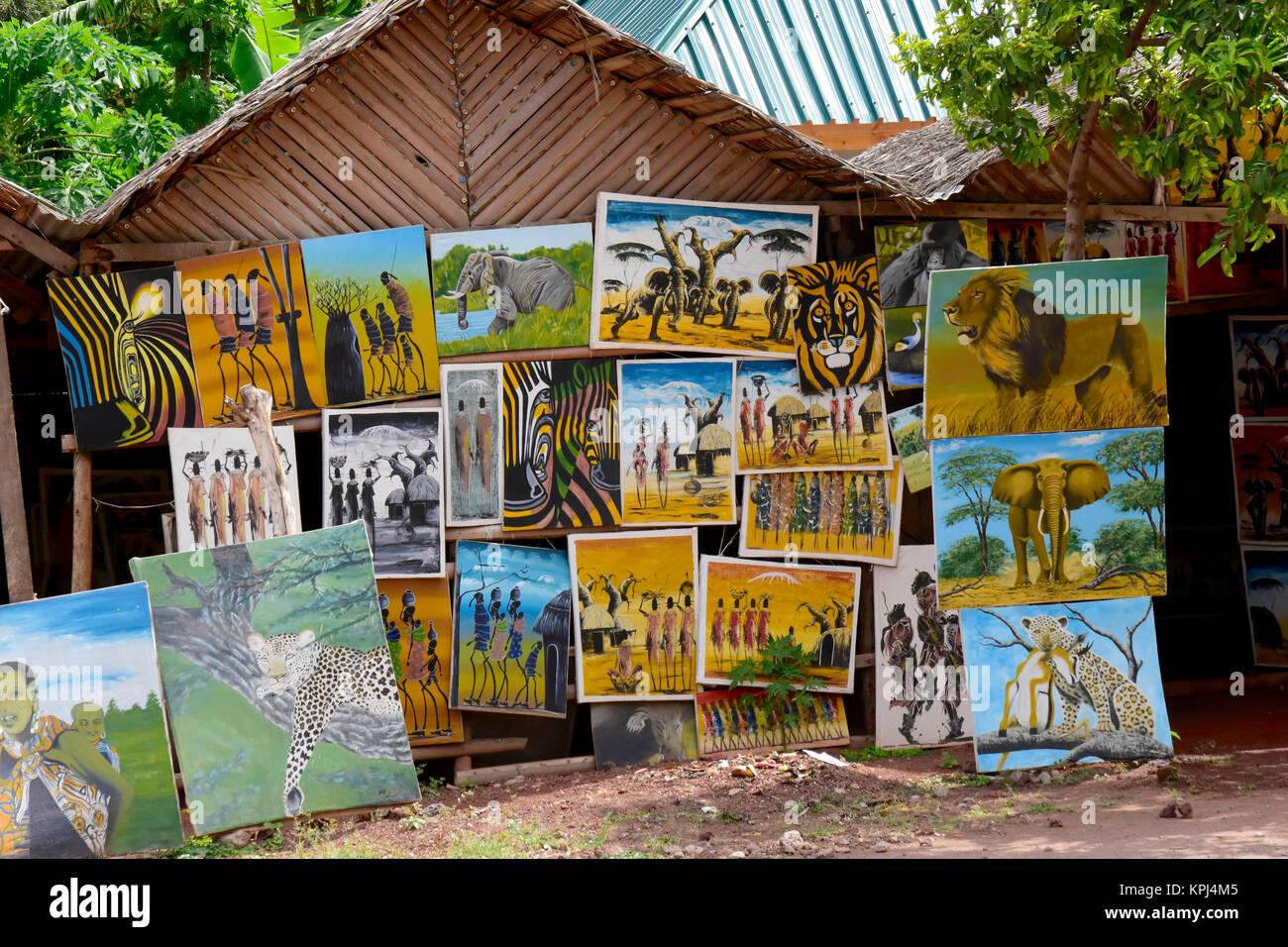 Tourist shops in Mto wa Mbu in the rift valley, Tanzania Stock Photo