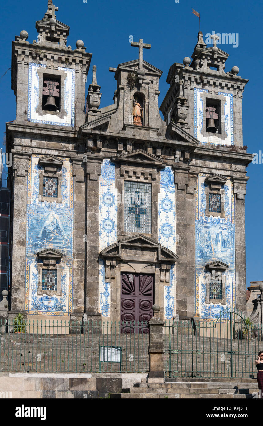 Sao Ildefonso Church, decorated with traditional blue  tiles, azulejos, in the centre of Porto, Portugal Stock Photo