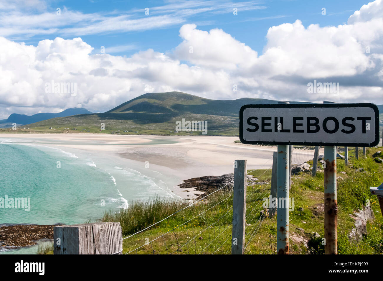 Luskentyre beach at Seilebost on South Harris in the Outer Hebrides. - Stock Image