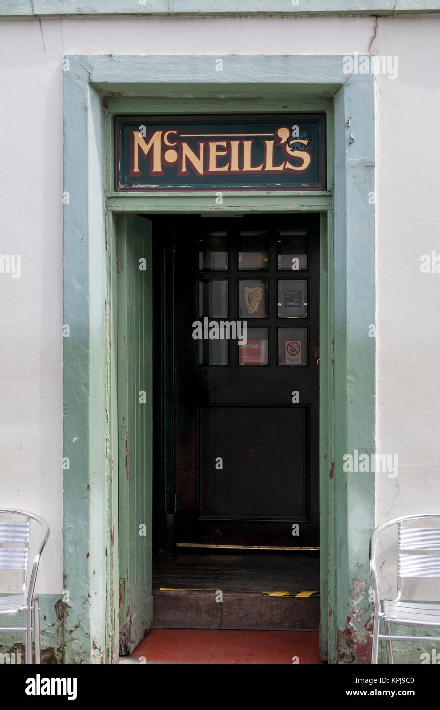 Entrance to McNeill's Bar in Stornoway, Isle of Lewis in the Outer Hebrides. - Stock Image