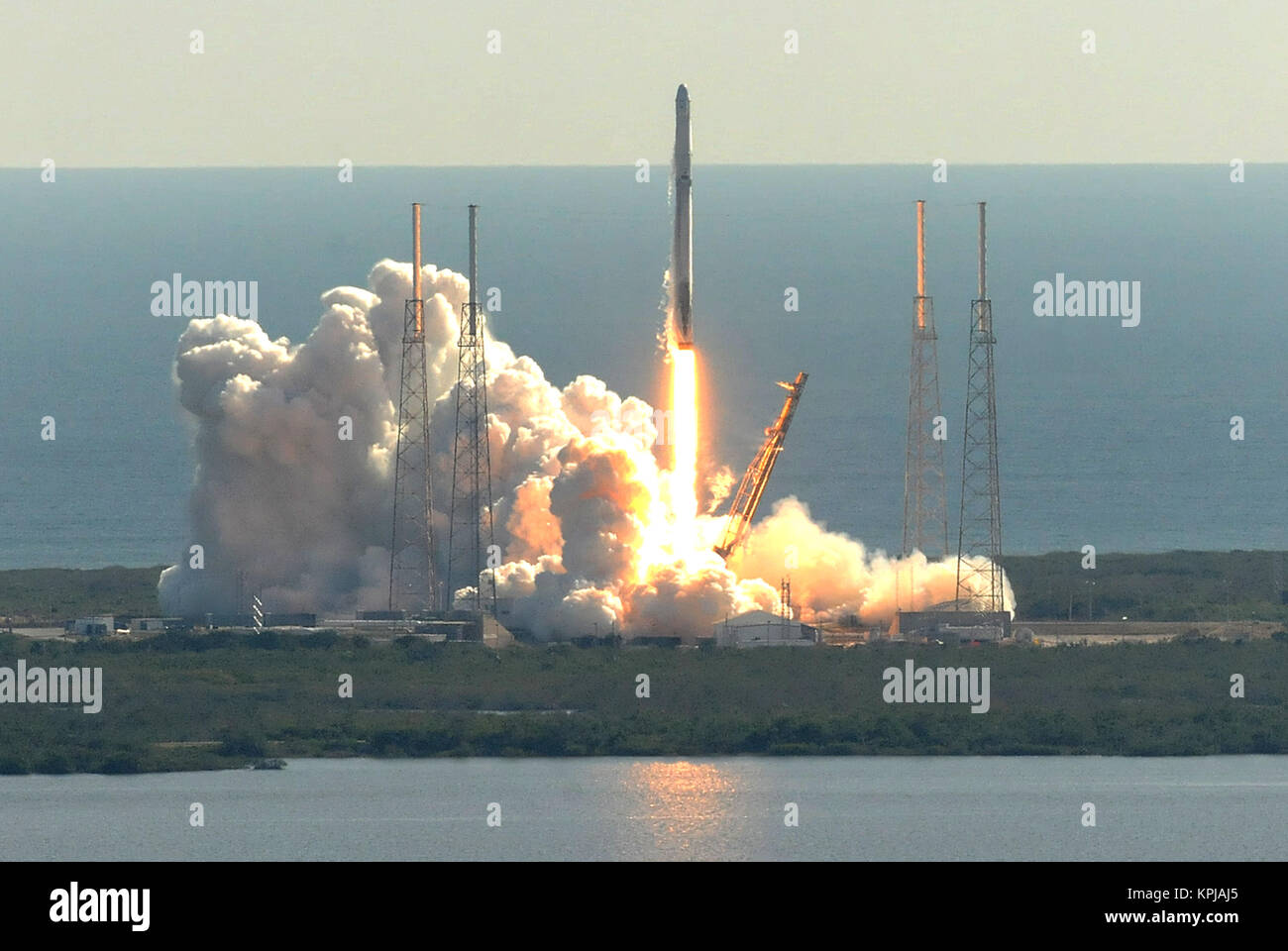Cape Canaveral, United States. 15th Dec, 2017. December 15, 2017 - Cape Canaveral, Florida, United States - A SpaceX - Stock Image