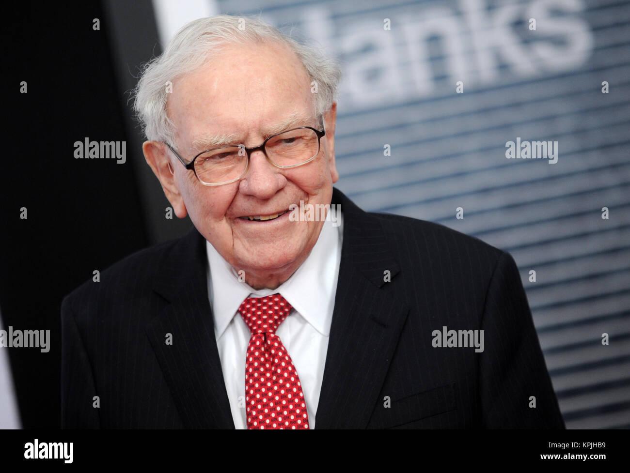 WASHINGTON, D.C. DECEMBER 14: Warren Buffett at the premiere of 'The Post' on December 14, 2017, in Washington, - Stock Image