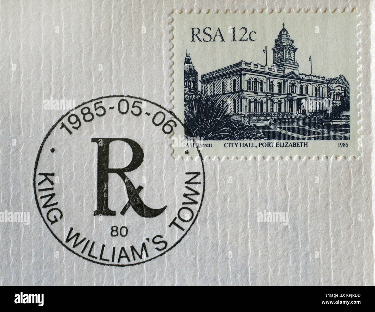King Williams Town card & P.E. City Hall, postage stamp from 6 May 1985, Eastern Cape Province, South Africa. - Stock Image