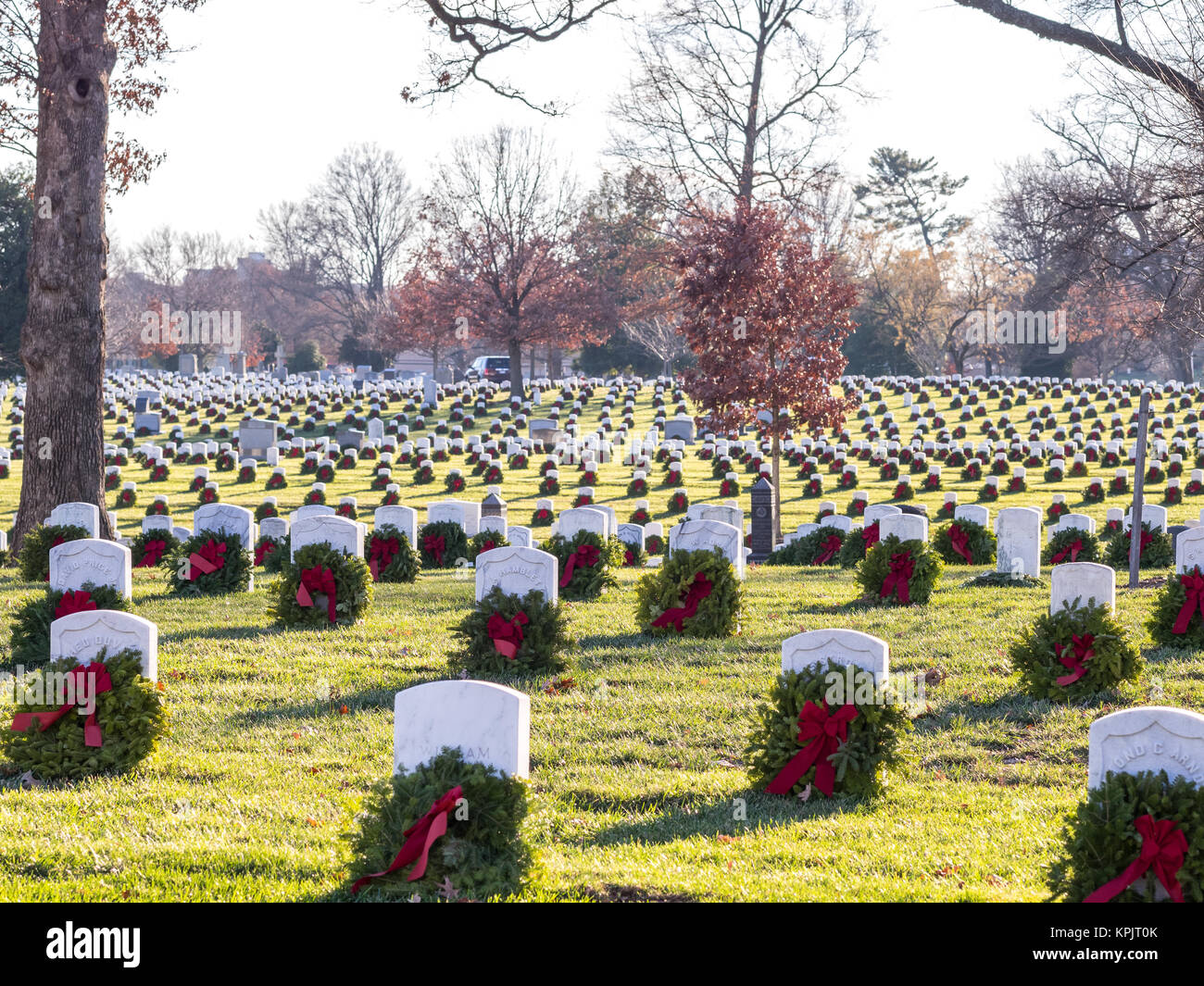 Christmas Grave Decoration High Resolution Stock Photography And Images Alamy