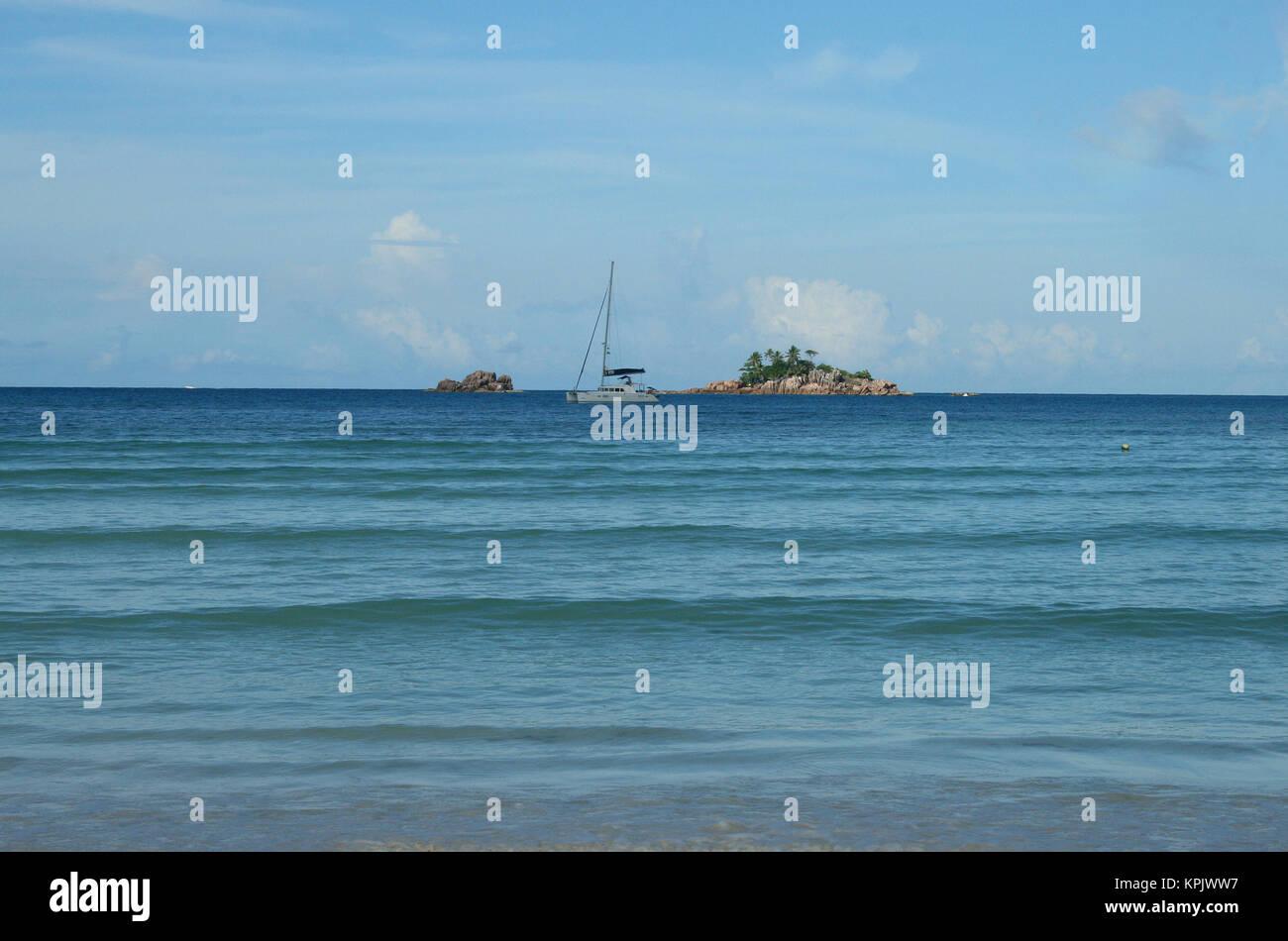 Fishing boat at Sea, Praslin Island, Seychelles - Stock Image