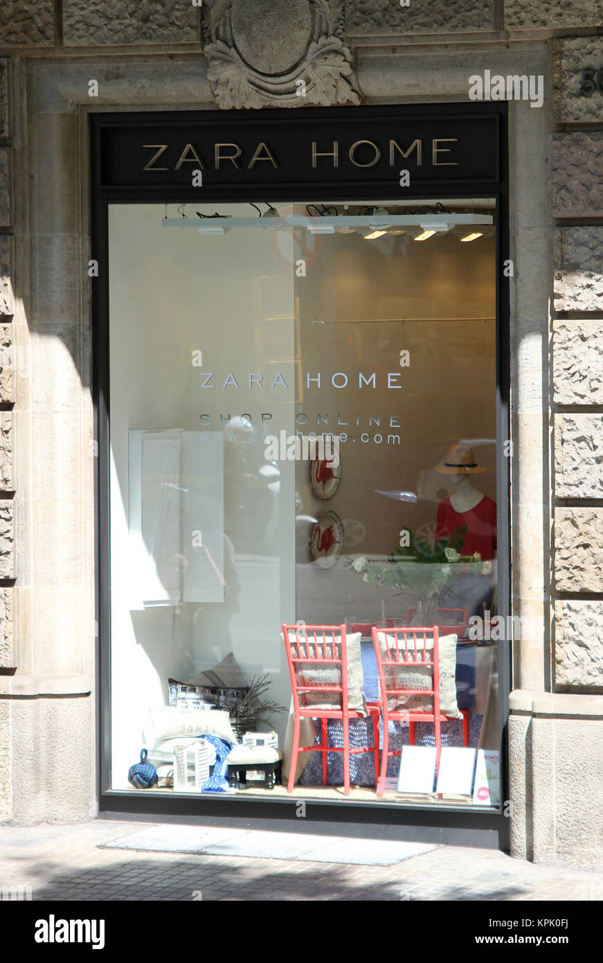 564b25df Zara Home shop, 6 Passeig de Gracia street, L' Eixample Right, Barcelona