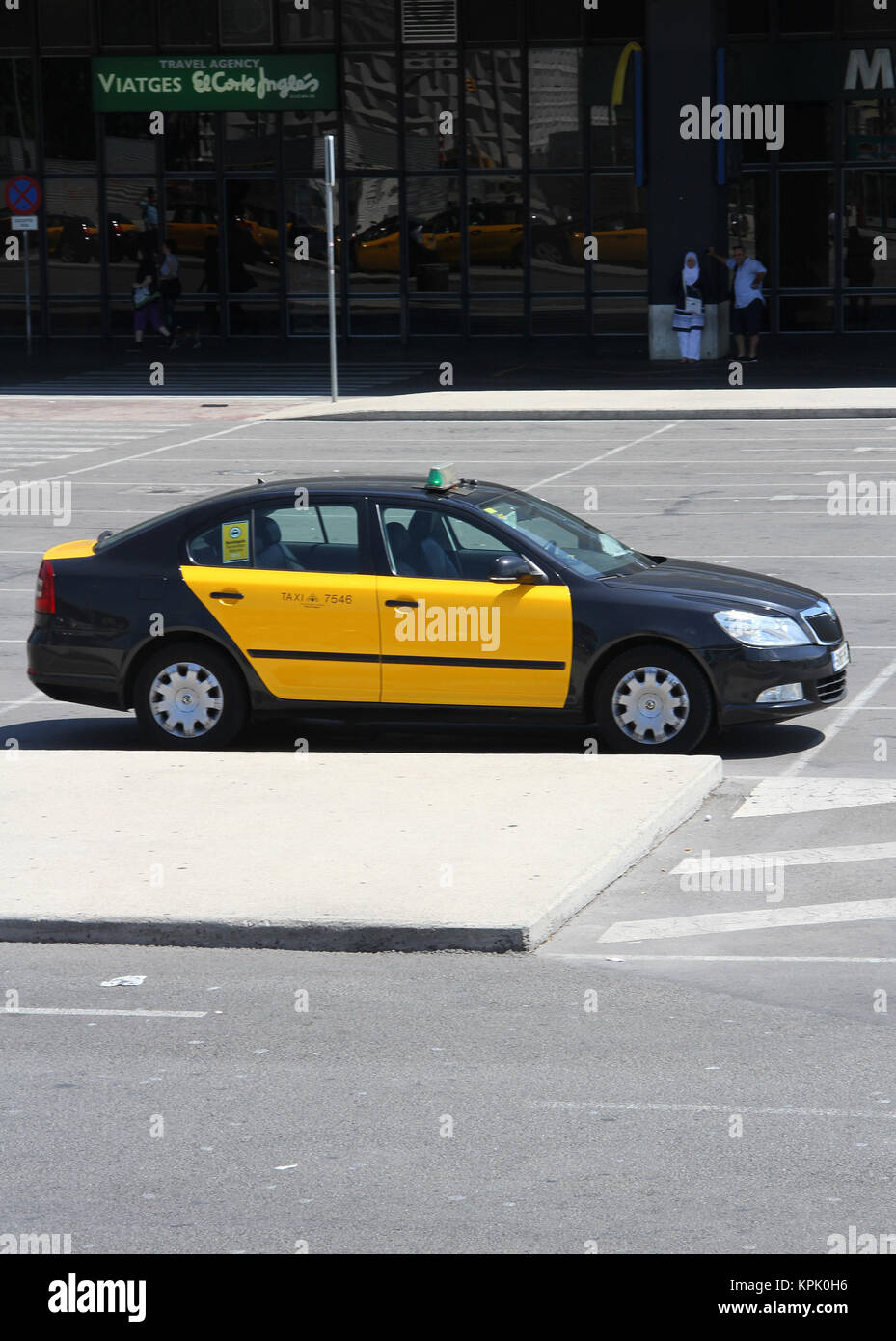 Skoda auto taxi cab in parking lot of Sants Railway Station, Barcelona, Spain. - Stock Image