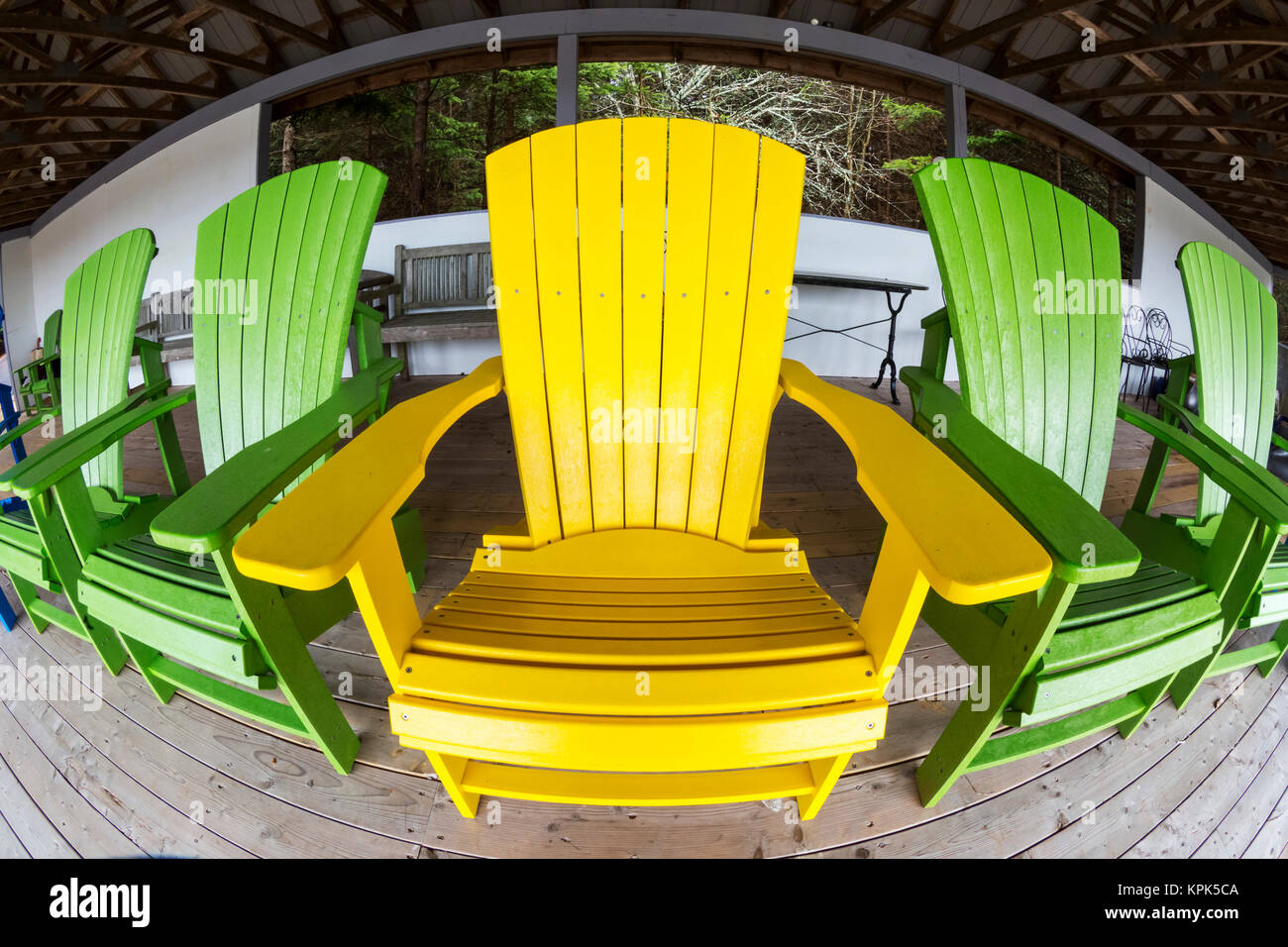 Adirondack Chair Sedie Da Giardino.Green Adirondack Chair Stock Photos Green Adirondack Chair