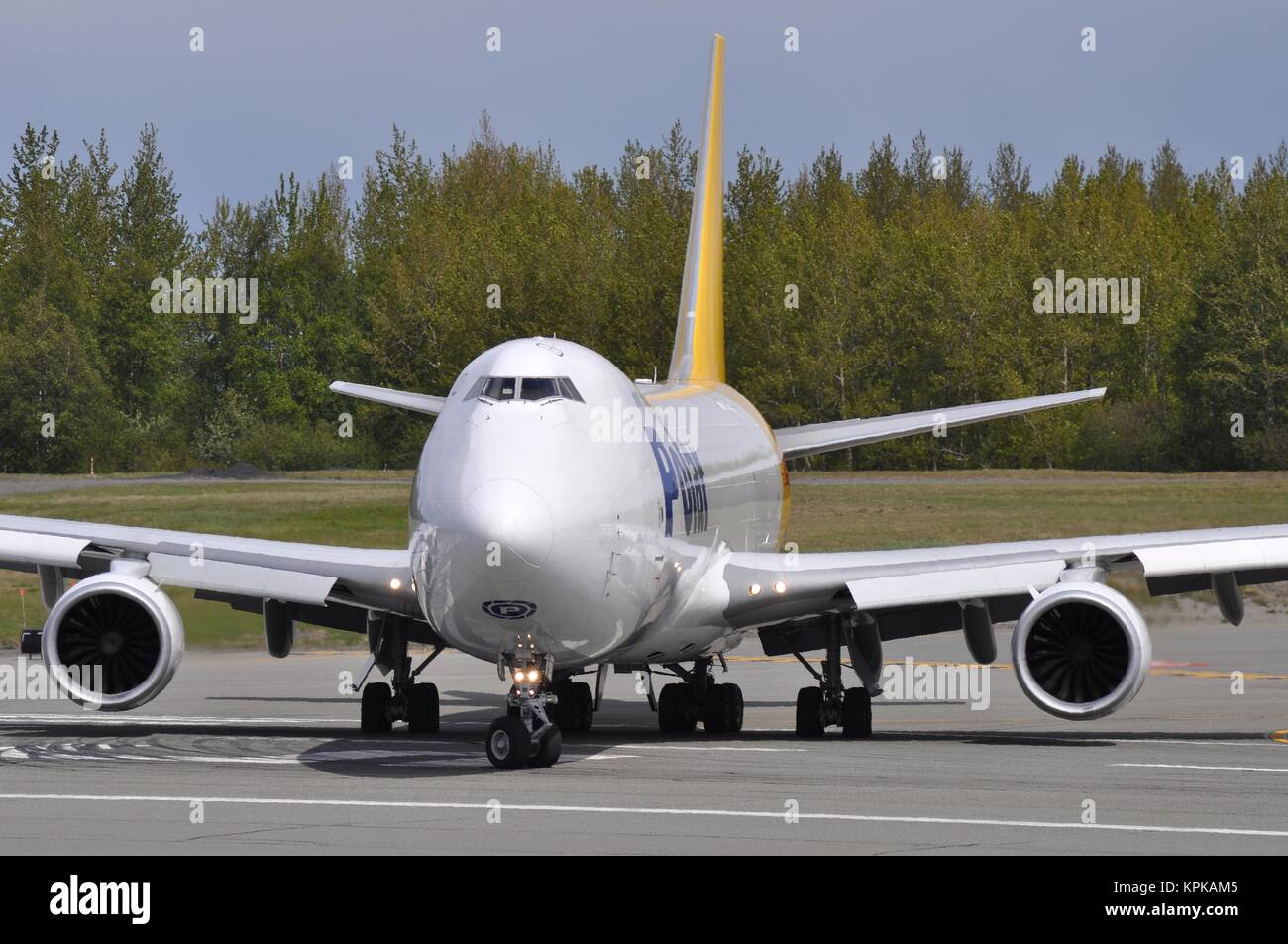 POLAR AIR CARGO BOEING 747-8F N851GT ABOUT TO DEPART ANCHORAGE. - Stock Image