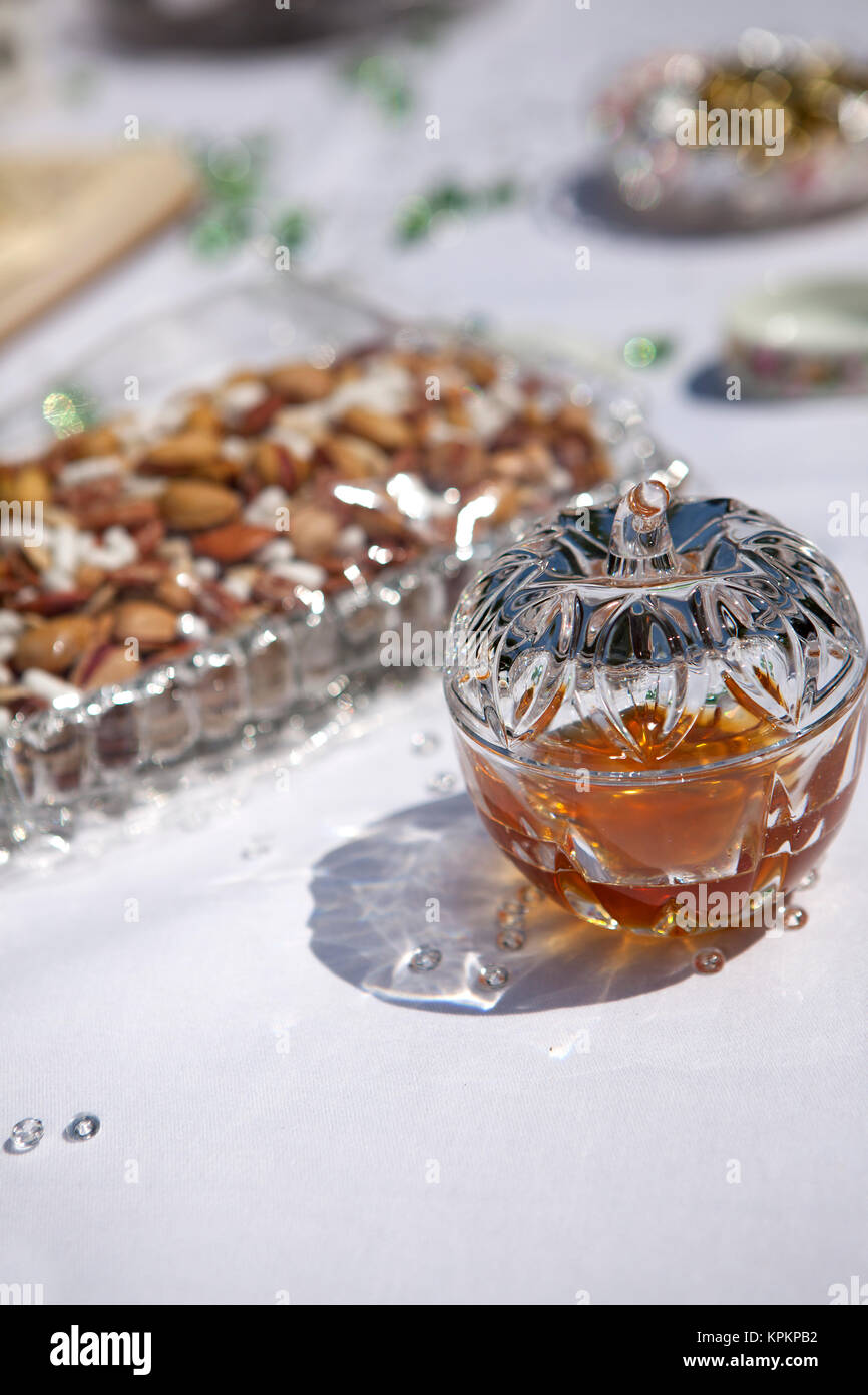 Decoration of a Persian wedding table - Stock Image