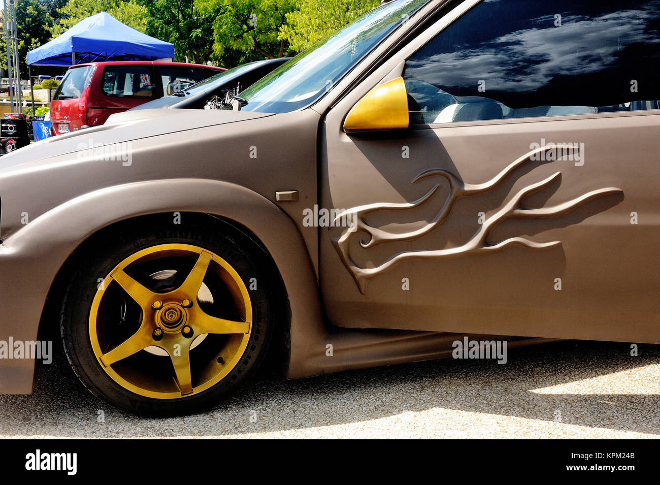 Car tuning exhibition Stock Photo: 168856475 - Alamy