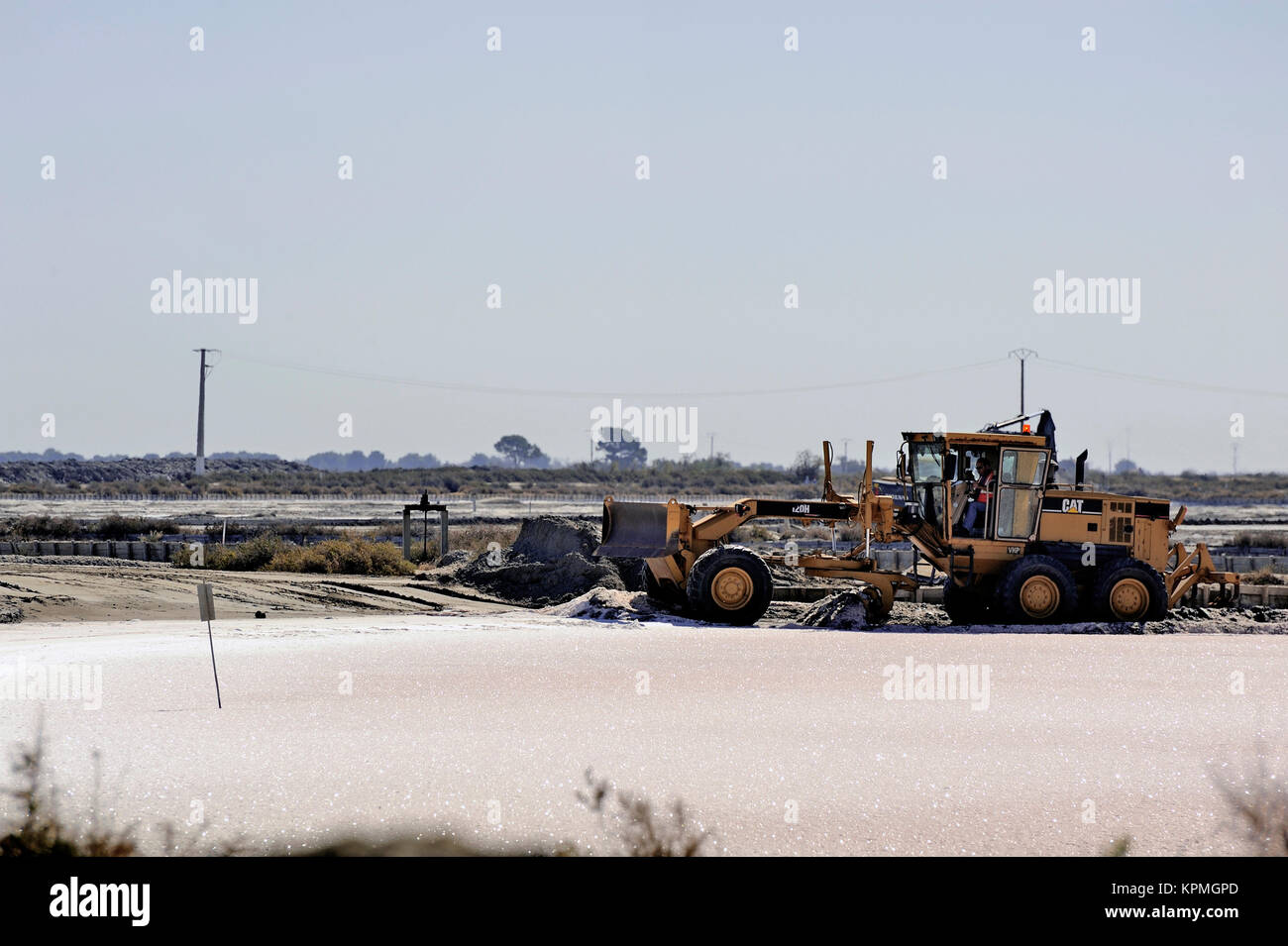 Site operating sea salt saline Aigues-Mortes - Stock Image