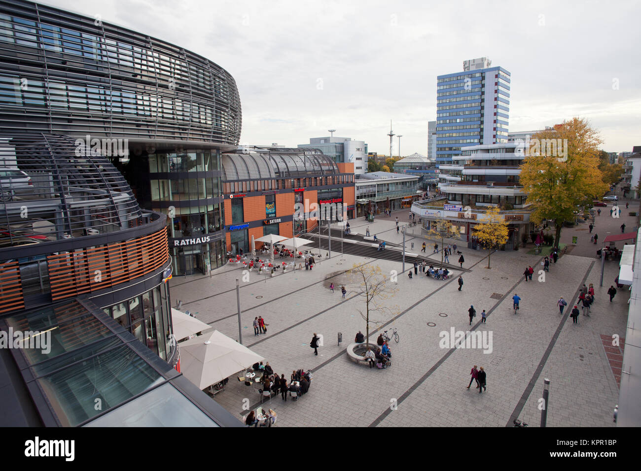 Germany, Leverkusen, town-hall and town-hall shopping center Rathaus-Galerie at the Friedrich Ebert square.  Deutschland, - Stock Image