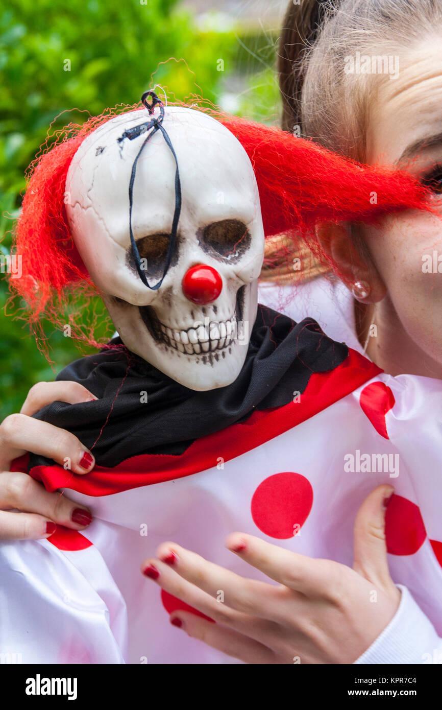 Creepy Clown Halloween Decorations.Halloween Scary Clown Decoration Trick Or Treat Decoration