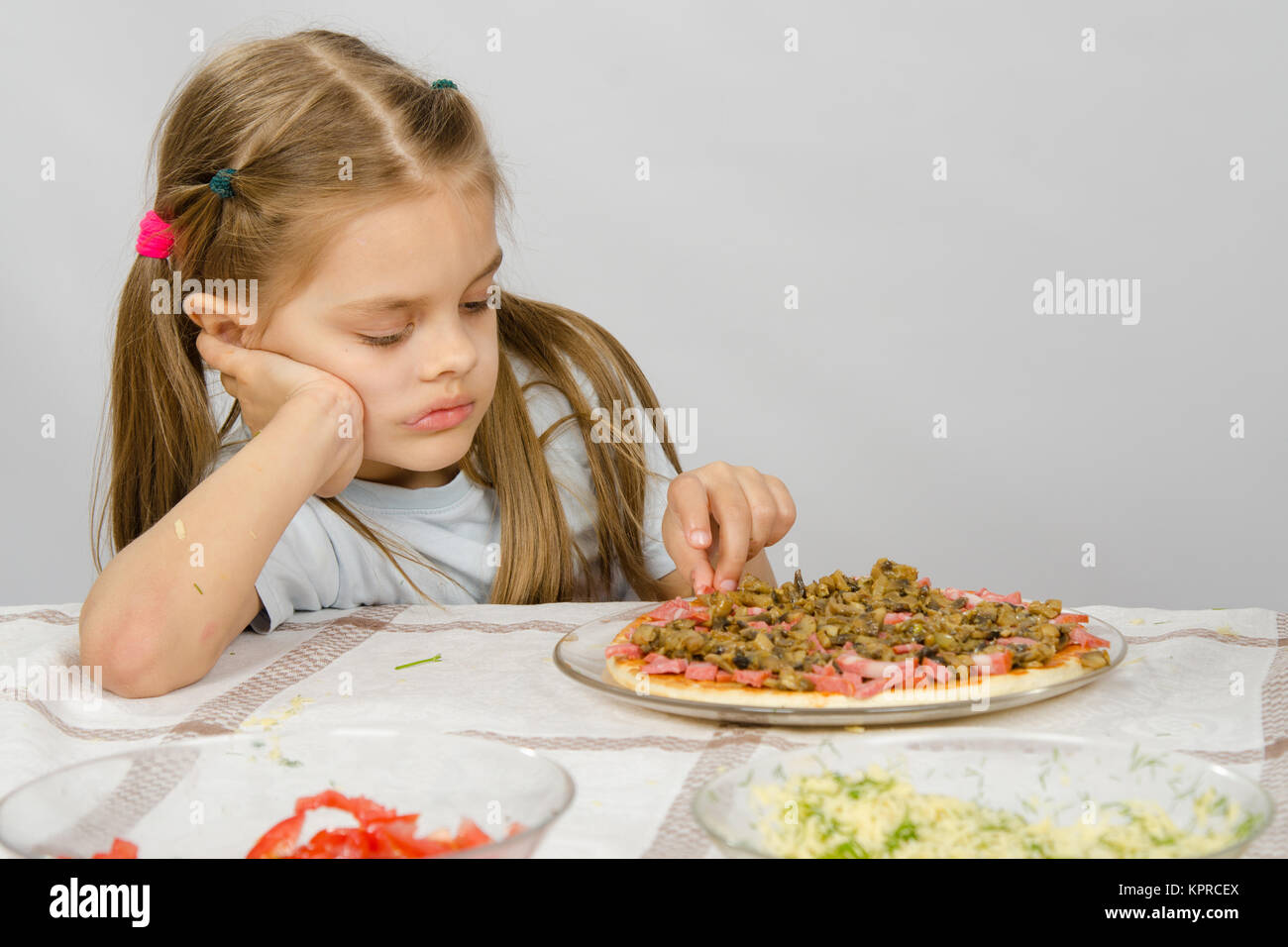 Table For 6 Year Old: Kids Desire Small Stock Photos & Kids Desire Small Stock