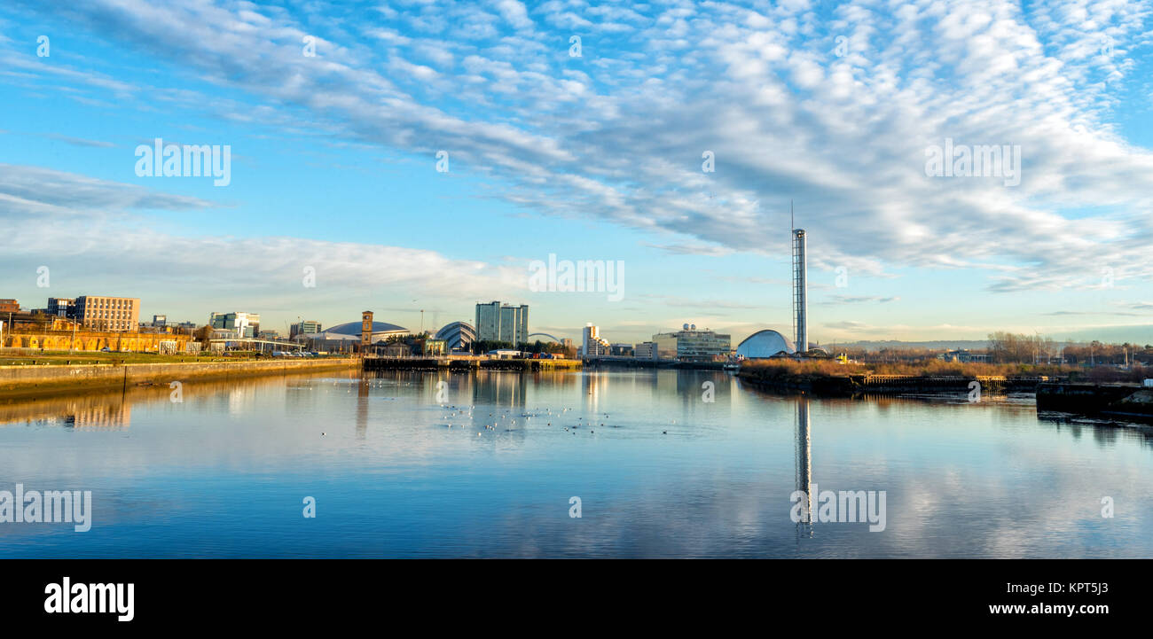 Looking upriver from the Riverside Museum in Glasgow, Scotland towards the city. - Stock Image