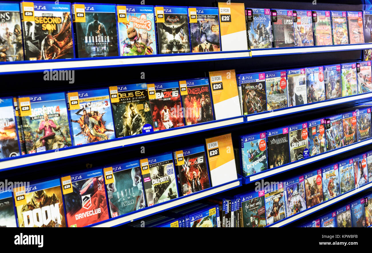 rows-of-ps4-video-games-for-consoles-on-display-inside-a-local-game-KPWBFB.jpg