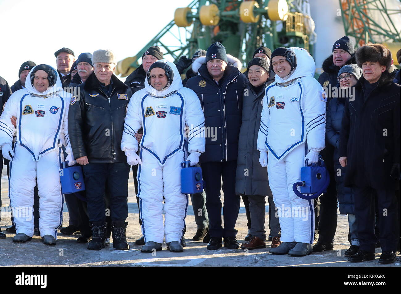 Baikonur, Kazakhstan. 17th Dec, 2017. Igor Komarov (C front), Head of the Russian Federal Space Agency (Roscosmos), - Stock Image