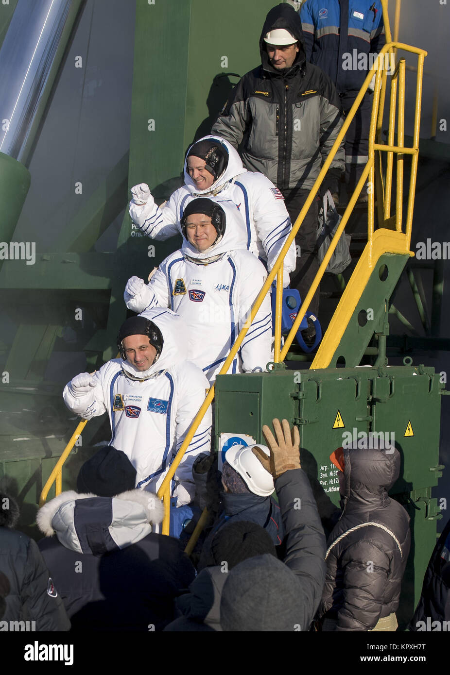 Baikonur, KAZ. 17th Dec, 2017. Expedition 54 flight engineer Scott Tingle of NASA, top, flight engineer Norishige - Stock Image